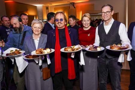 Renate Künast, Frank Zander, Dr. Franziska Giffey Und Michael Müller