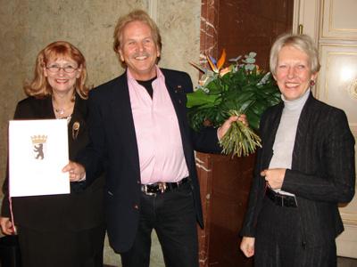 Berliner Ehrennadel für  besondere soziale Verdienste