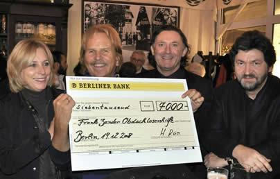 """14.12.2008 - Spende des """"Weihnachtszaubers Gendarmenmarkt"""""""