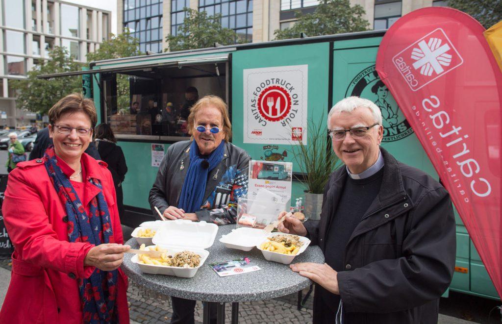Frank Zander unterstützt den Caritas-Foodtruck